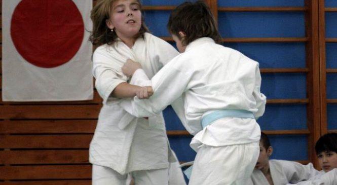 Детские соревнования, посвящённые 23 Февраля 2008 г